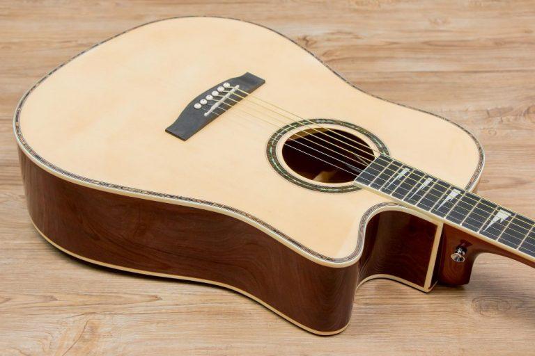 Gusta DGCE guitar ขายราคาพิเศษ