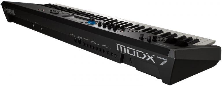 Yamaha MODX7 ขายราคาพิเศษ