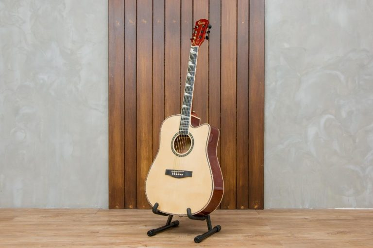 guitar Gusta DGCE ขายราคาพิเศษ