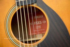 กีต้าร์โปร่ง Yamaha FSX5