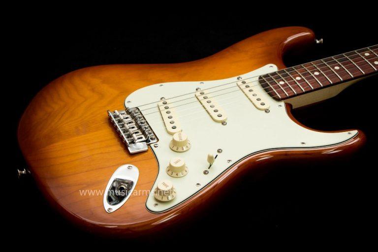 กีต้าร์ Fender American Performer Stratocaster body ขายราคาพิเศษ