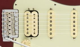 Fender American Performer Stratocaster HSSคอย