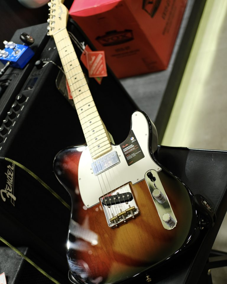 Showcase Fender American Performer Telecaster Hum