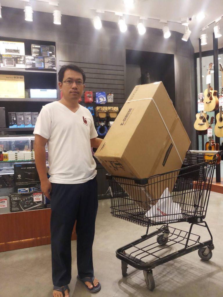 ลูกค้าที่ซื้อ กลองไฟฟ้า Hampback TD-PKS