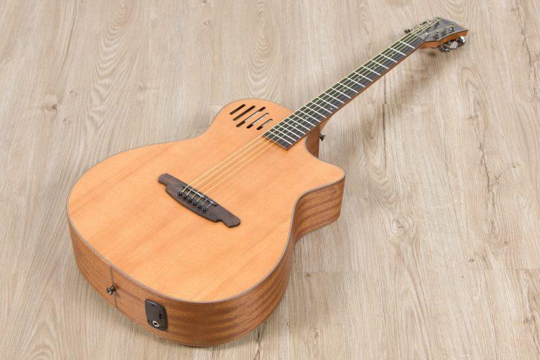 โปร่งไฟฟ้า Gusta OM-JE II N 40Acoustic guitar full body ขายราคาพิเศษ