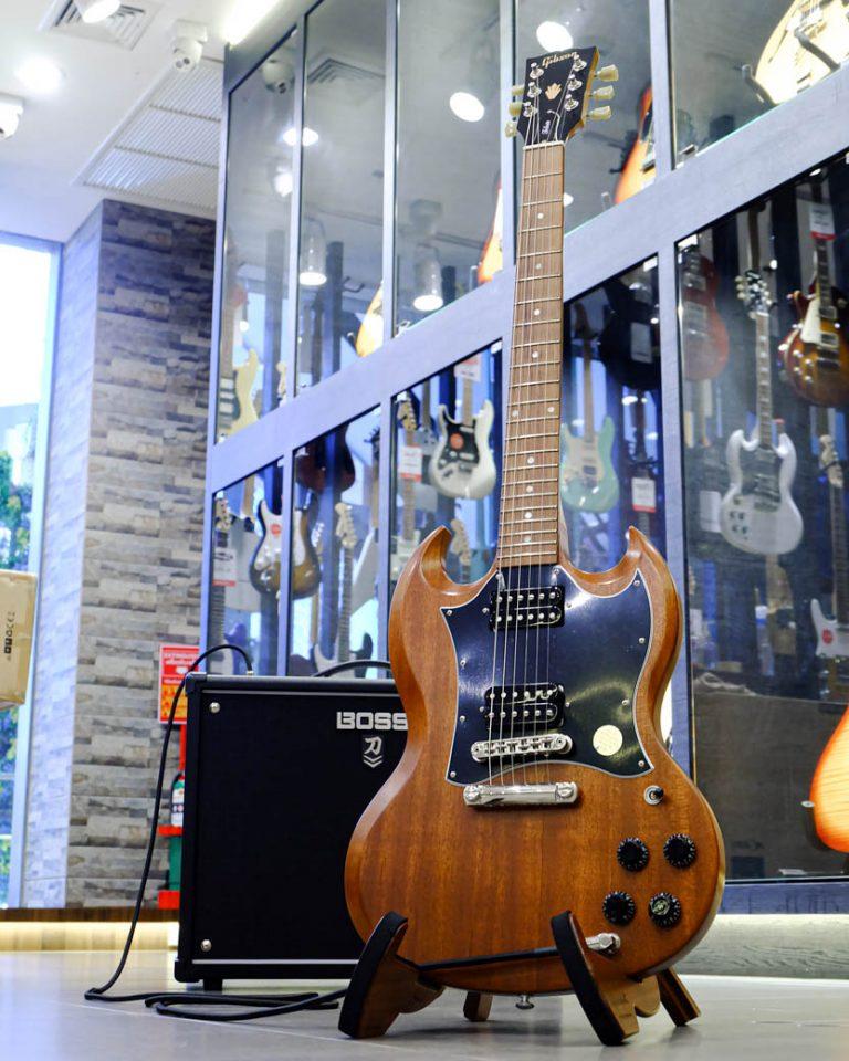 Showcase Gibson SG Standard Tribute 2019