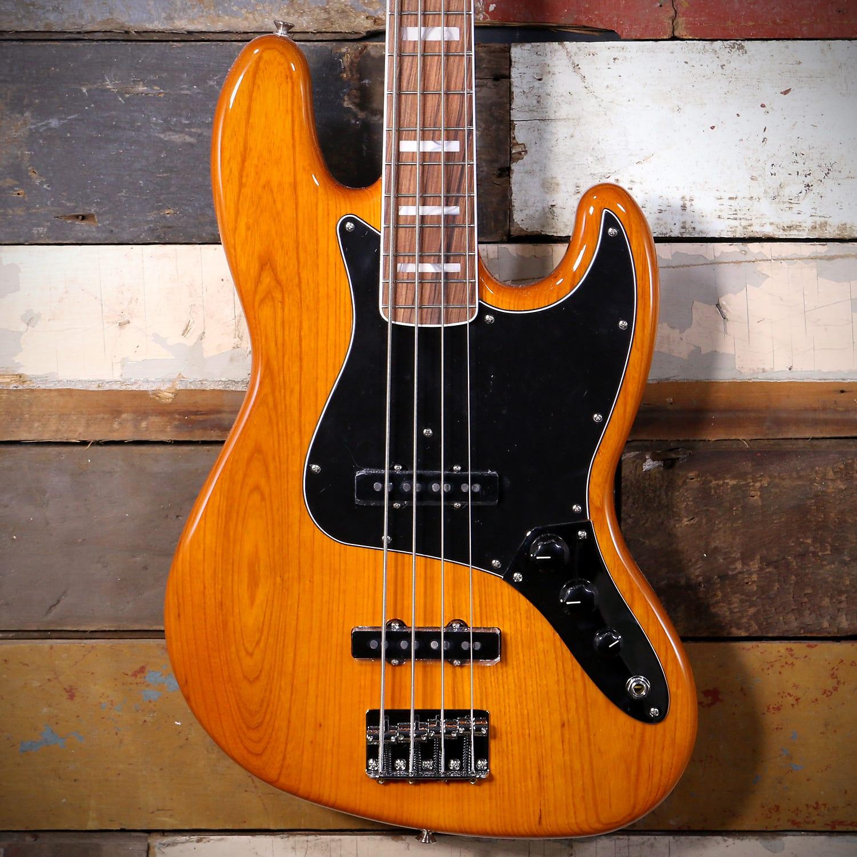Fender Vintera 70's Jazz Bass