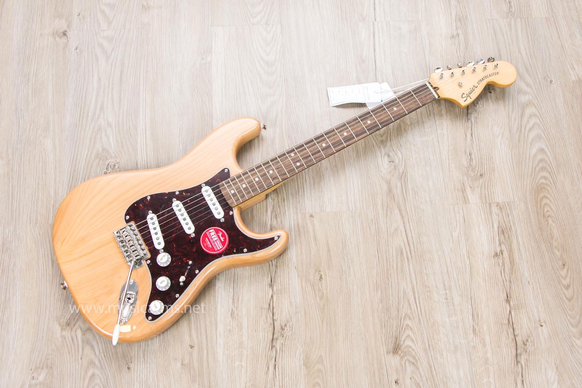 Squier Classic Vibe Stratocaster 70s (3)