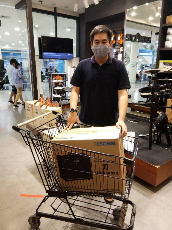 ลูกค้าที่ซื้อ Boss Katana 50 MkII