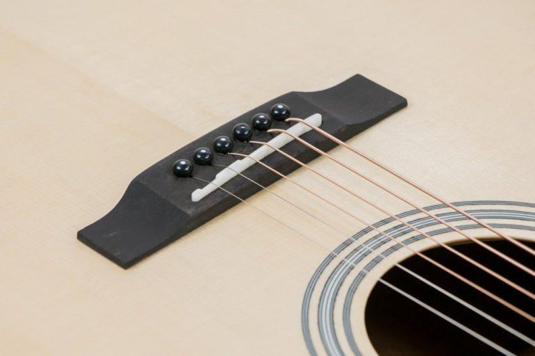 Gusta GMX110N guitar ขายราคาพิเศษ