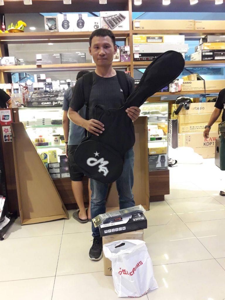 ลูกค้าที่ซื้อ Gusta GST-01 SSS