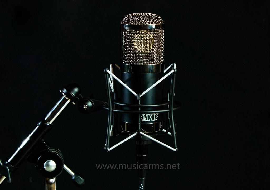 MXL CR89 microphone