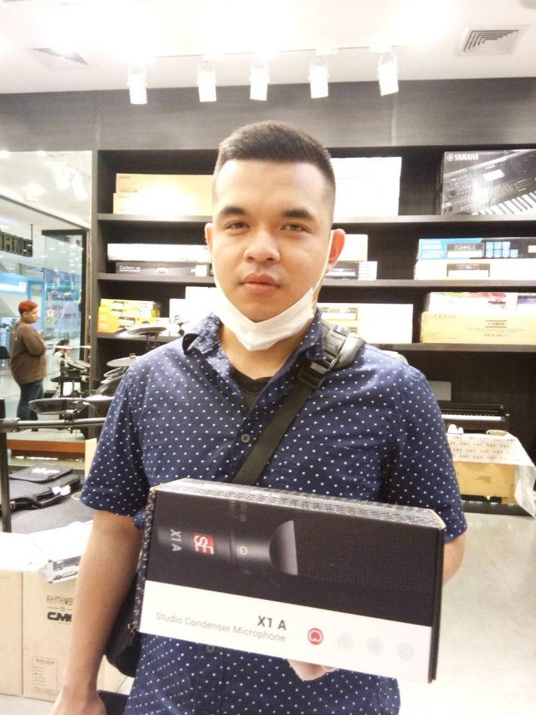 ลูกค้าที่ซื้อ SE Electronics X1 A