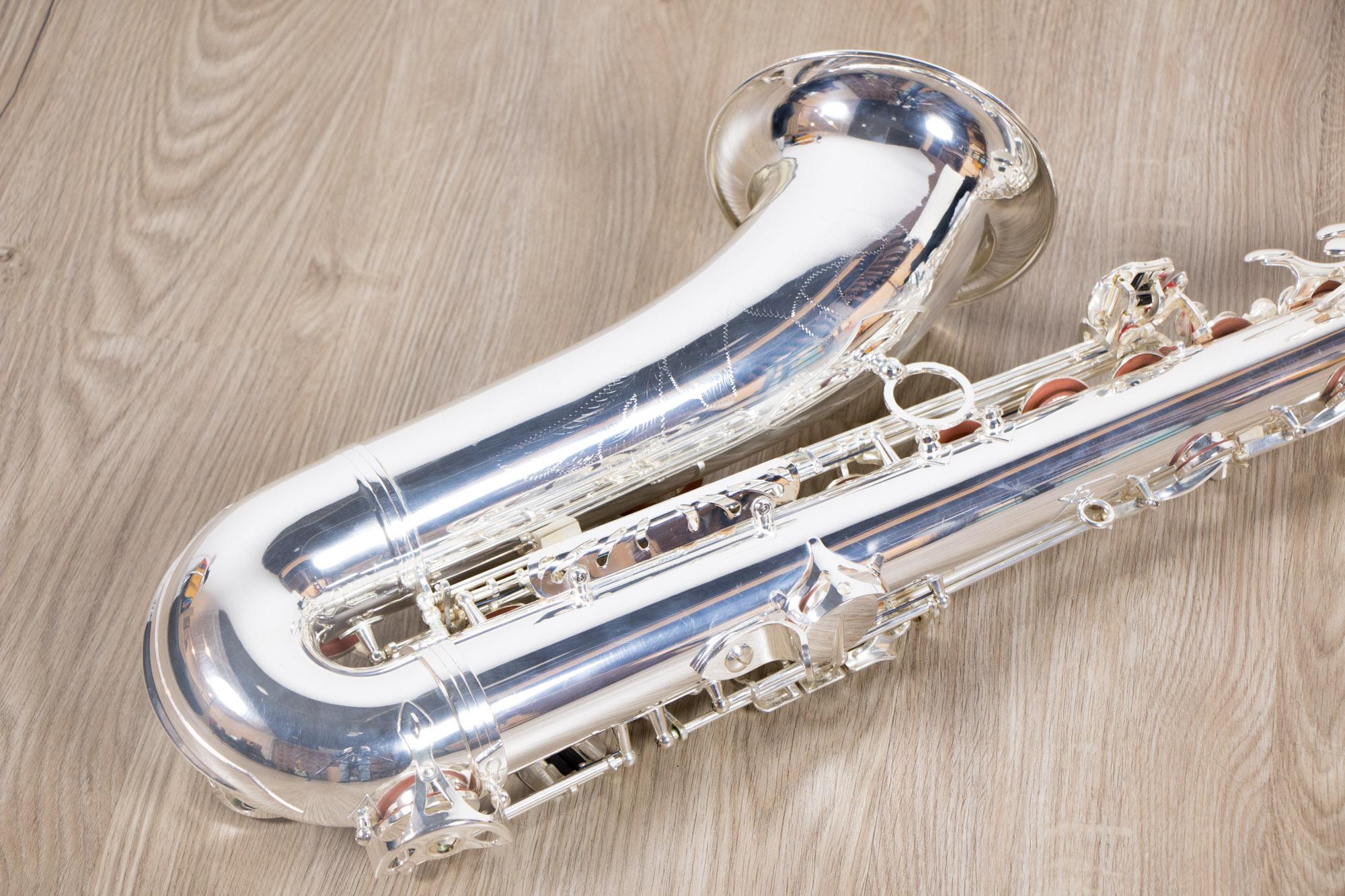 Saxophone Tenor Coleman Standard closeup