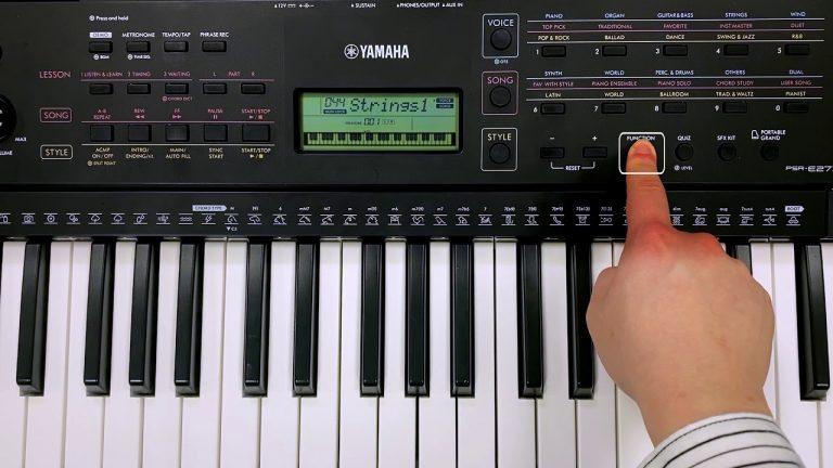 คีย์บอร์ด Yamaha PSR-E273 ขายราคาพิเศษ