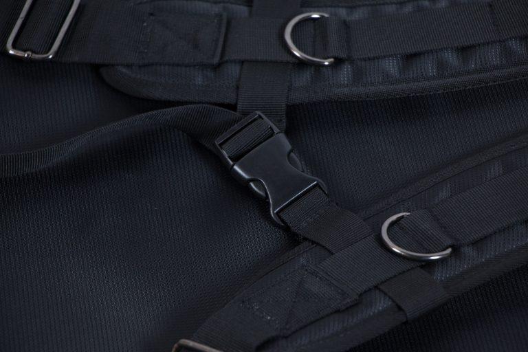 กระเป๋าไฟฟ้า Gusta หนา 1.5 นิ้ว บุกำมะหยี่ สายปรับ ขายราคาพิเศษ