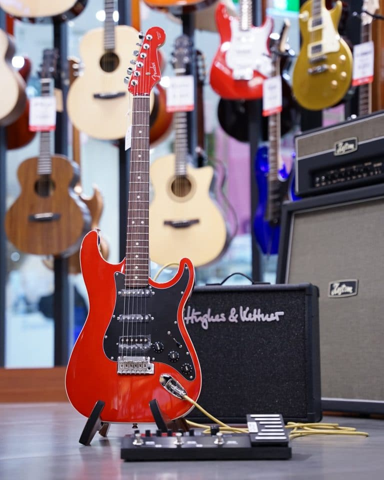 Showcase กีต้าร์ไฟฟ้า Fender Aerodyne II Stratocaster HSS (made in Japan)