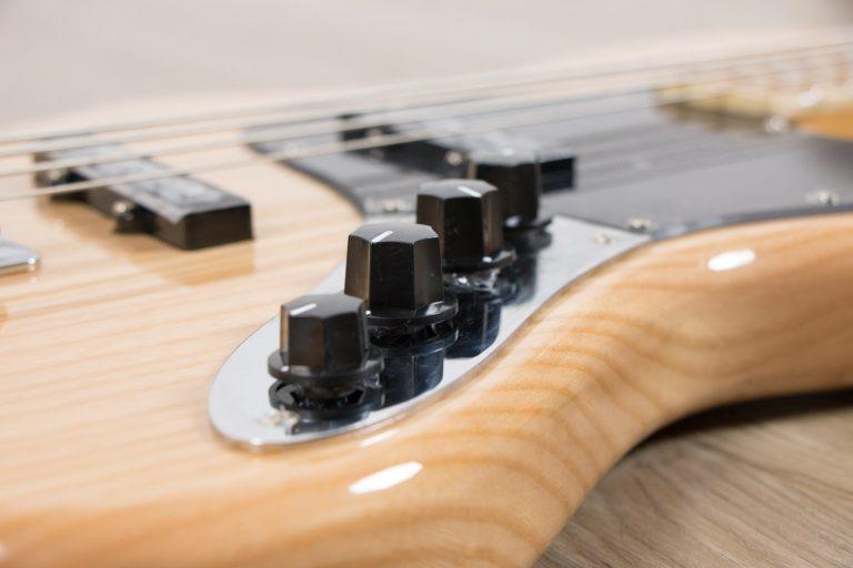 Gusta Bass GJB4 - 05 NT pickup ขายราคาพิเศษ