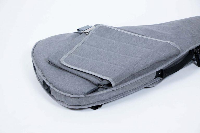 กระเป๋ากีต้าร์ไฟฟ้า 41 นิ้ว Gusta DB-30MM ด้านล่างกระเป๋า ขายราคาพิเศษ