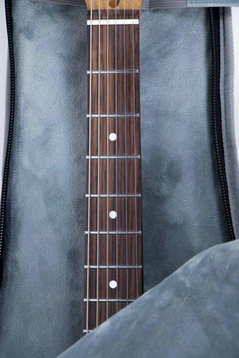 กระเป๋ากีต้าร์ไฟฟ้า 41 นิ้ว Gusta DB-30MM ใส่กีต้าร์ ขายราคาพิเศษ