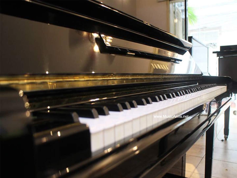 เปียโนอัพไรท์ YAMAHA U3 PE แป้นคีย์