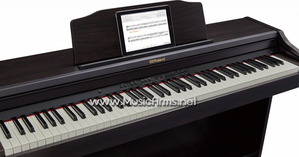 Roland RP501R piano