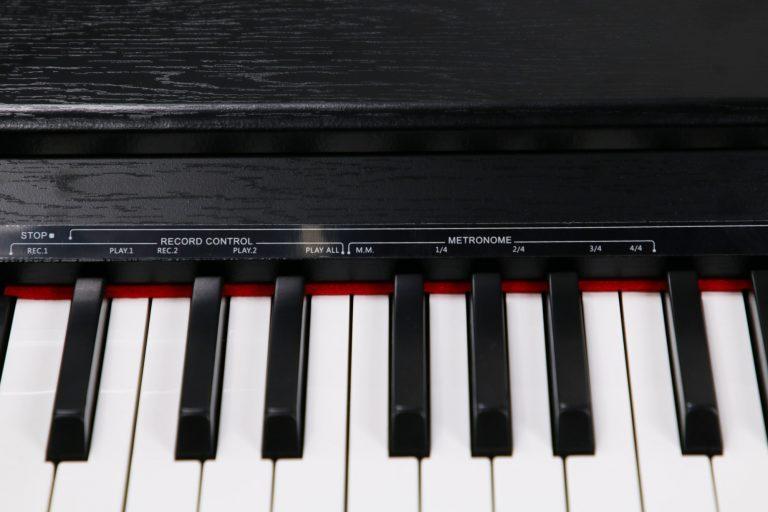 เปียโน Coleman F107 ขายราคาพิเศษ