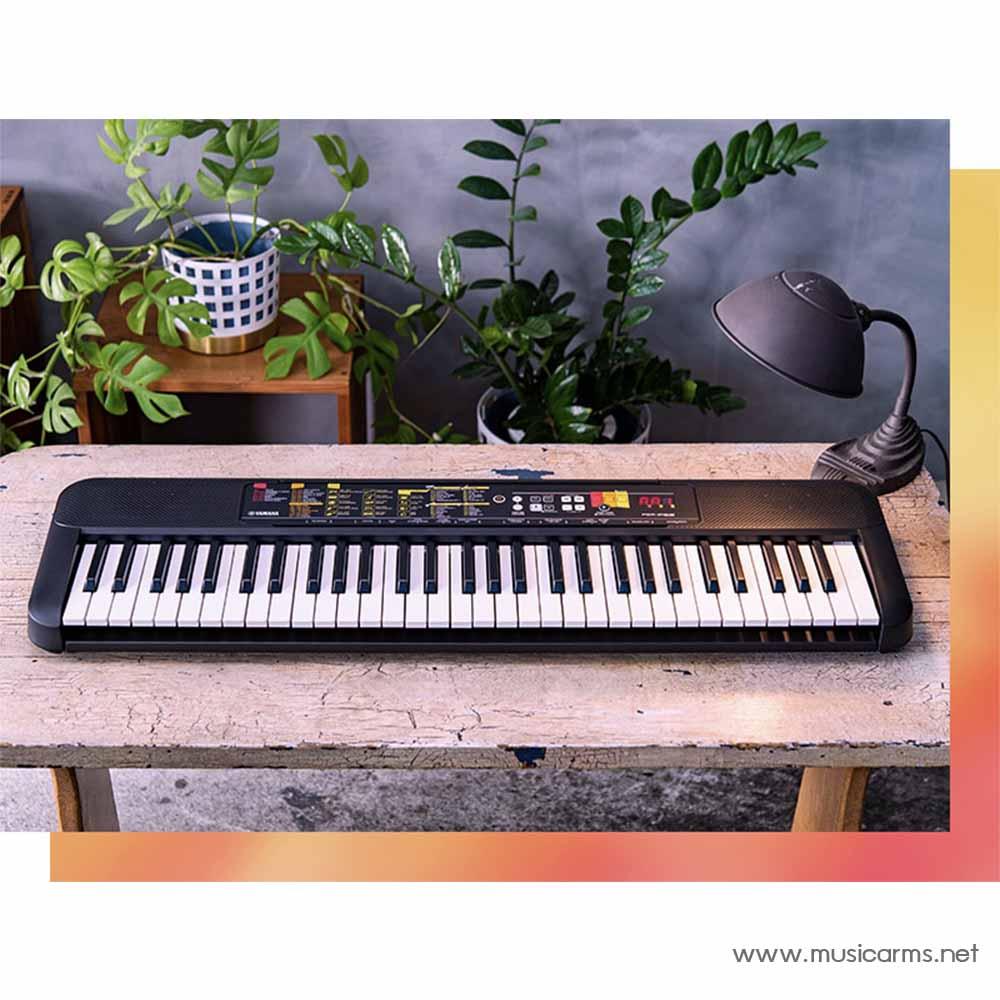 Yamaha PSR-F52 Keyboard 61